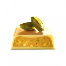 Galler white chocolate with pistachios